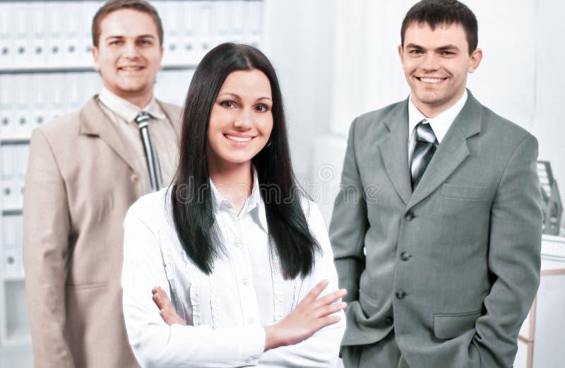 成功的企业队画象在o的背景中 免版税库存图片