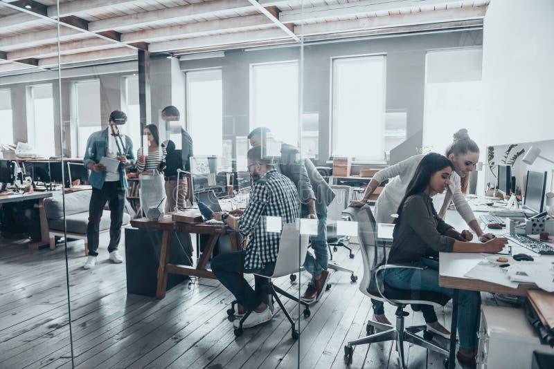 成功的队在工作 免版税图库摄影