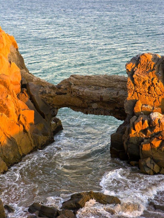 成拱形加州mugu点 库存图片