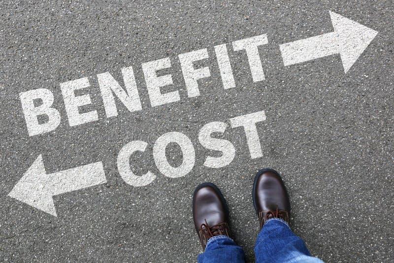 成本-效益分析的损失赢利提供经费给金融公司企业骗局 图库摄影