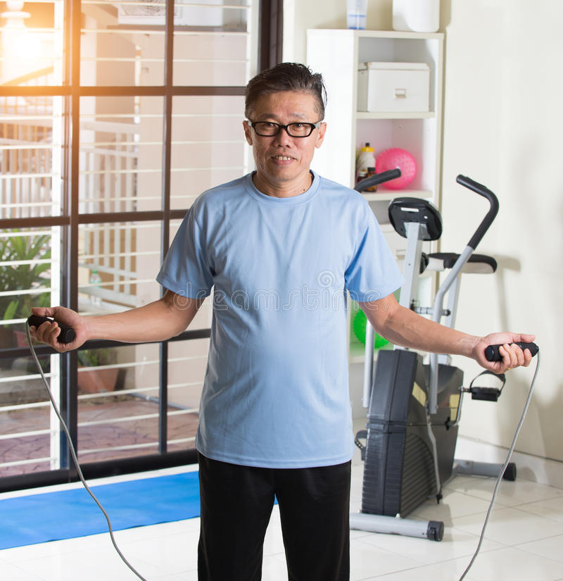 成熟的亚洲男性 免版税图库摄影
