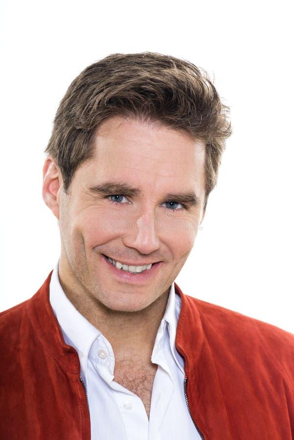 成熟英俊的人蓝眼睛微笑的画象图片