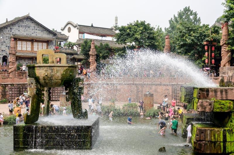 成都,中国8月17日:古老海达族洛带村庄,老 库存照片