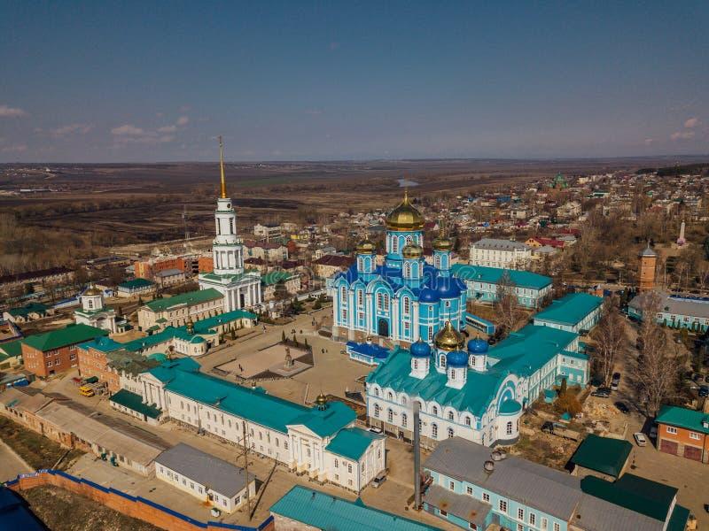 我们的上帝的母亲弗拉基米尔象的夫人Monastery和大教堂诞生在扎东斯克 免版税库存图片