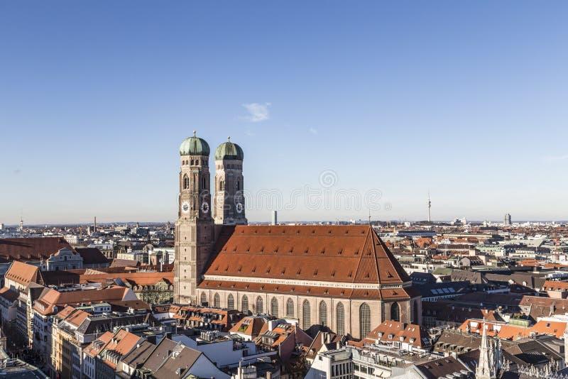 我们的夫人Frauenkirche教会在慕尼黑德国, Bavari 免版税库存照片