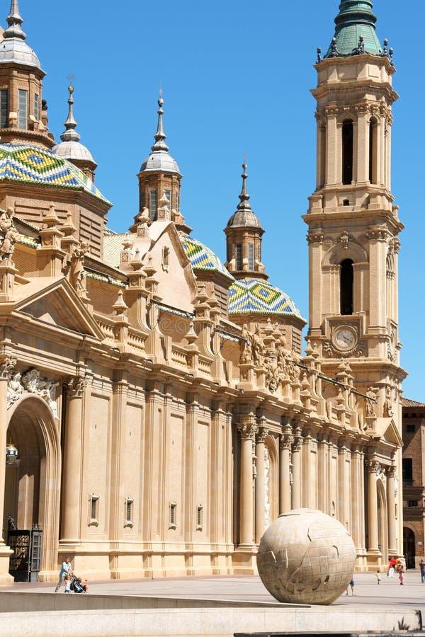 我们的柱子大教堂的夫人在萨瓦格萨,西班牙 库存照片