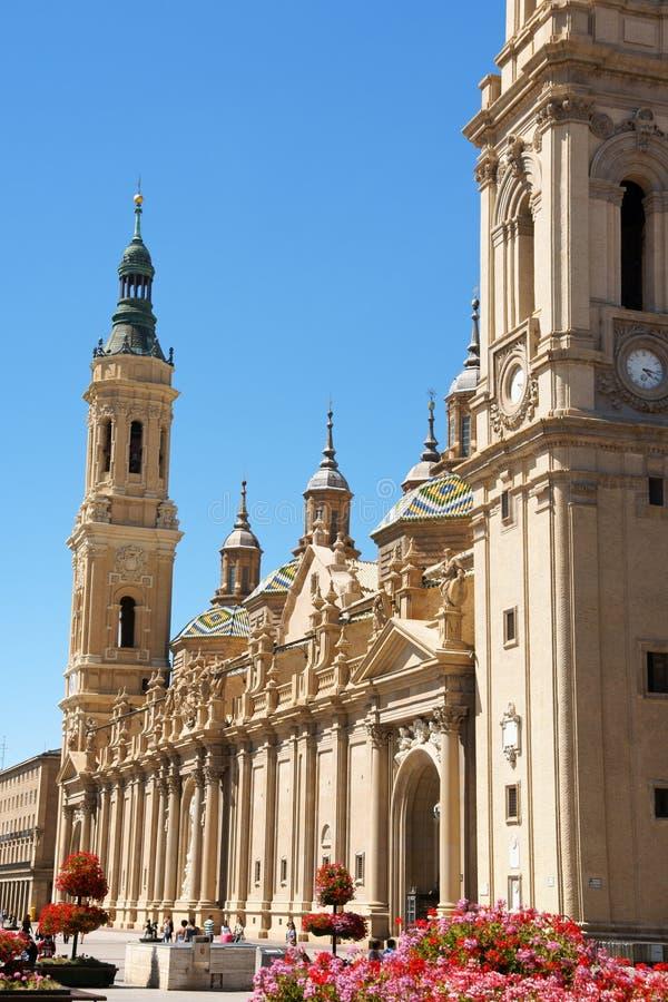 我们的柱子大教堂的夫人在萨瓦格萨,西班牙 库存图片