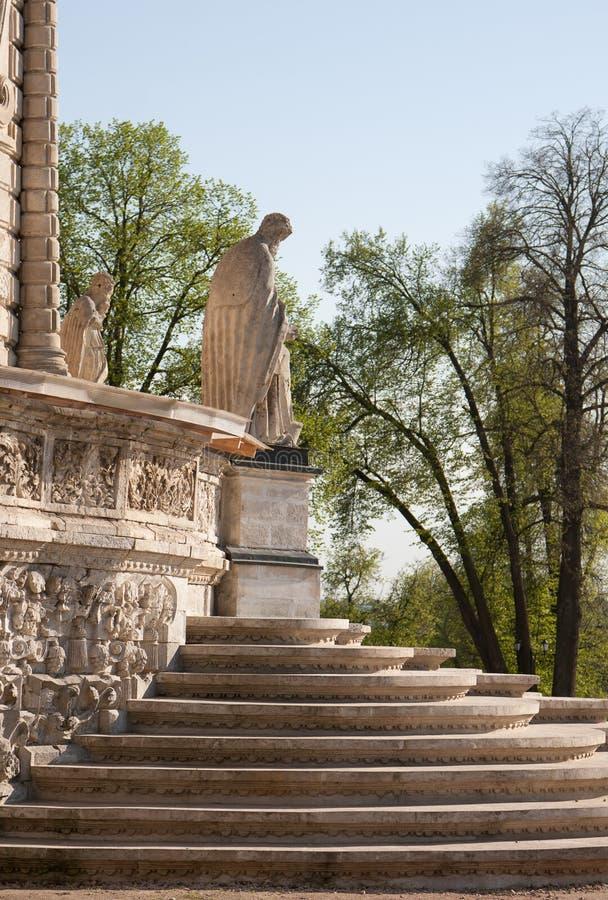 我们的标志Znamenskaya教会的夫人教会在Dubrovitsy庄园里 库存照片
