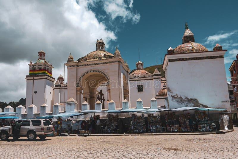 我们的科帕卡瓦纳的夫人大教堂在玻利维亚 免版税库存图片