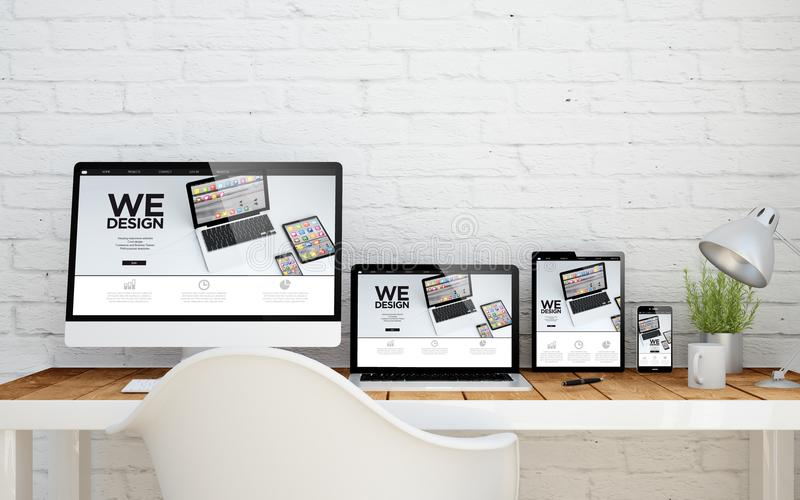我们设计的多设备的桌面 免版税库存照片