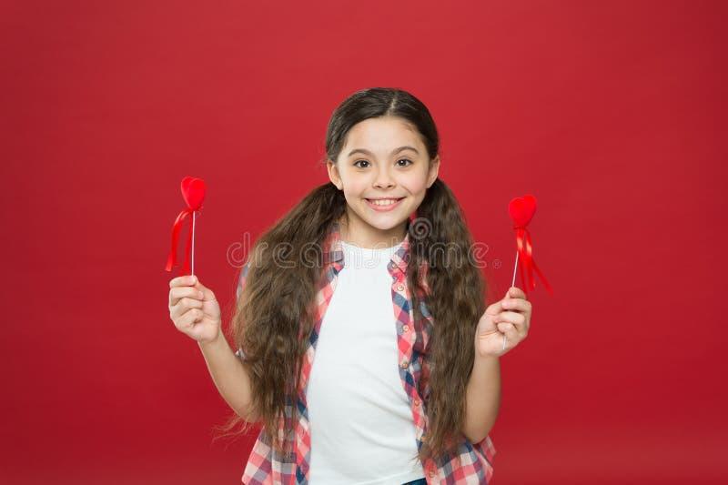 我将是您的华伦泰 爱和家庭 童年幸福 愉快的女孩一点 2月假日 儿童的日 免版税库存图片
