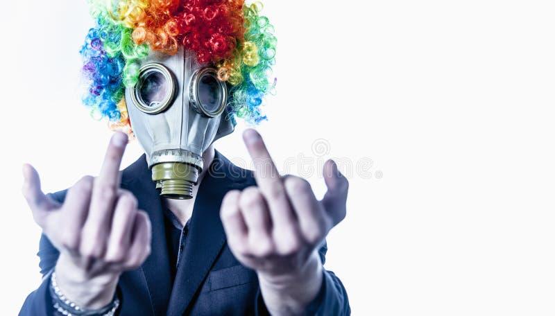 我恨我的事务 衣服的办工室职员小丑在气体 库存照片