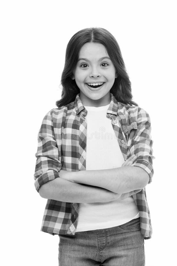 我是很喜悦的 孩子愉快的爱宜人的惊奇 女孩卷曲发型可爱的想知道的面孔 孩子惊奇的微笑 免版税图库摄影