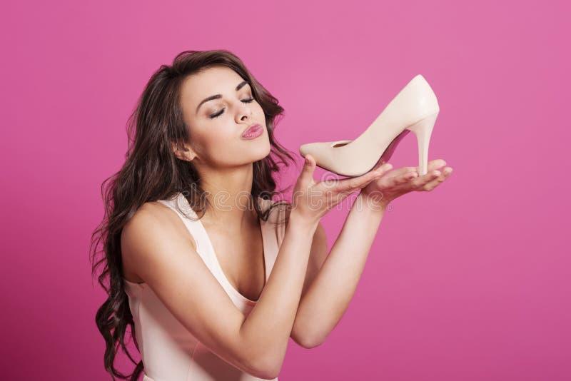 我爱我新的鞋子 库存照片