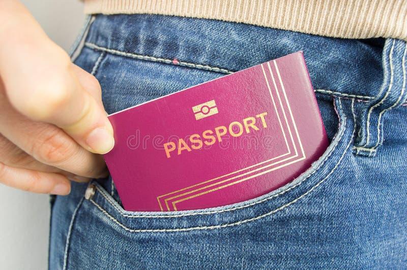 我的在我的口袋的护照 免版税图库摄影