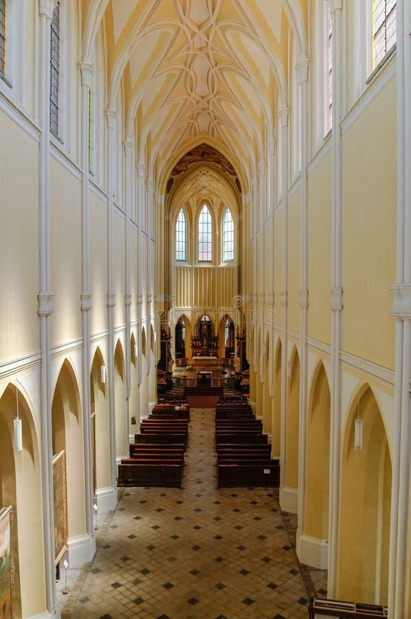 我们的夫人和圣约翰t的做法大教堂的教堂中殿  库存图片