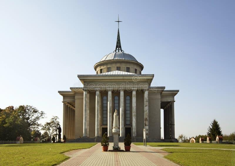 我们的夫人教会肩衣在Dabrowa Tarnowska 波兰 免版税库存图片