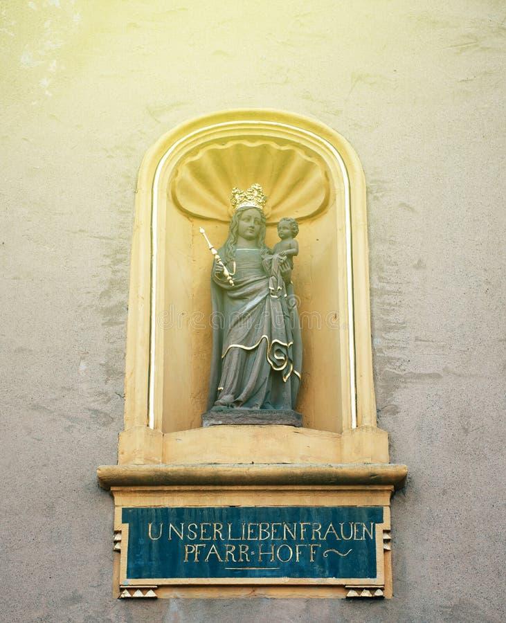 我们的夫人雕象教会的Liebfrauenkirche德语  免版税库存照片