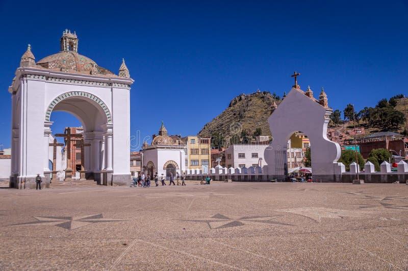 我们的科帕卡巴纳,玻利维亚的夫人大教堂  库存照片