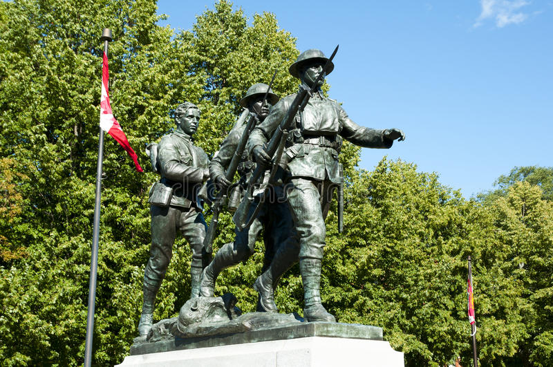 战争纪念建筑纪念碑-夏洛特敦-加拿大 免版税库存照片