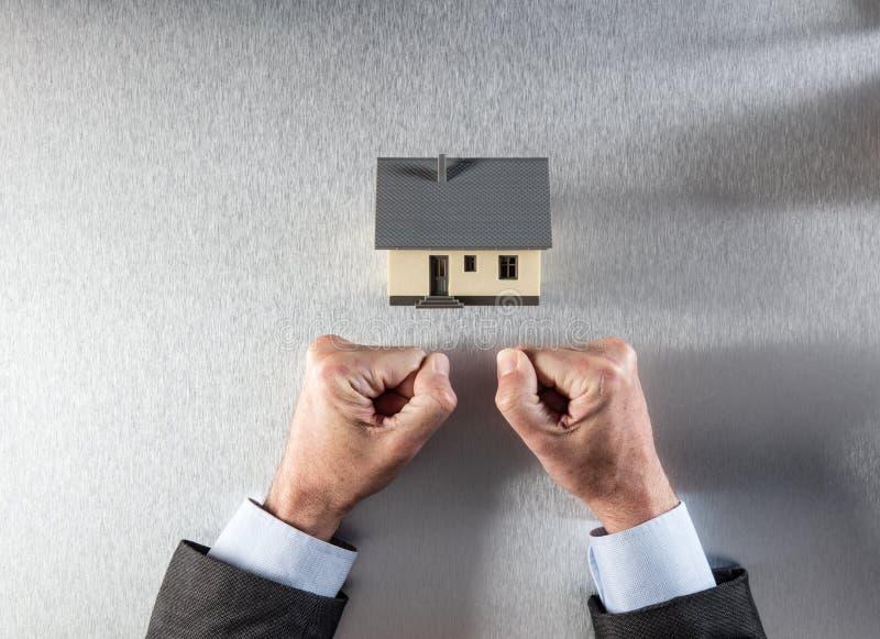 战斗为时间安排的买家或建筑师的家庭重音 图库摄影