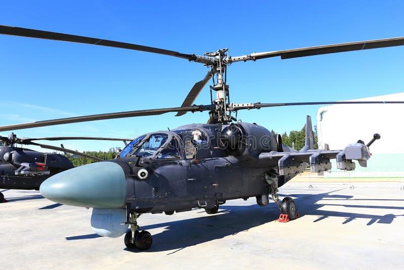 Download 战斗直升机 库存照片. 图片 包括有 导弹, 设备, 浏览器, 飞行员, 防御, 军事, 强制, 作战, 副驾驶 - 59104738