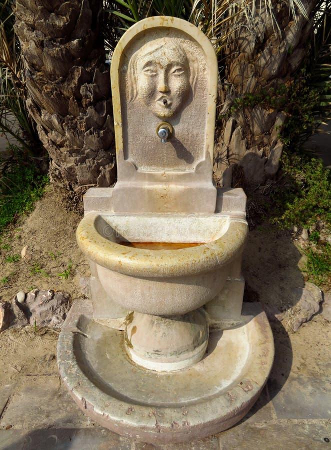 戛纳-老饮用水来源 免版税图库摄影