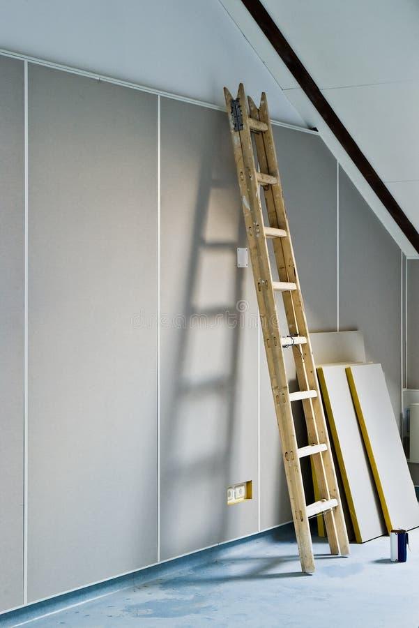 户内梯子整修 库存照片