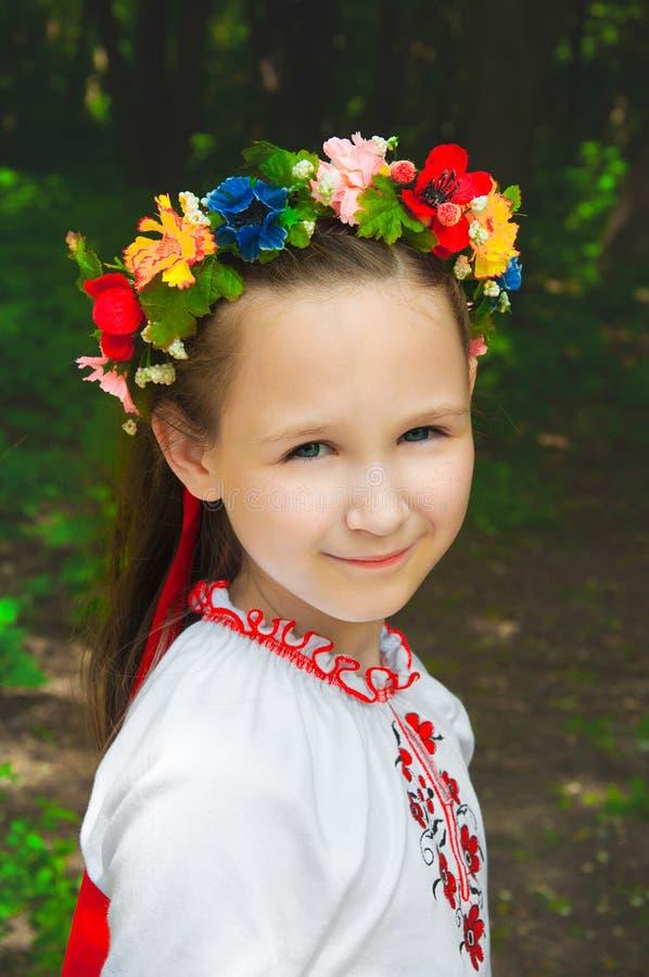 户外乌克兰女孩 免版税库存图片