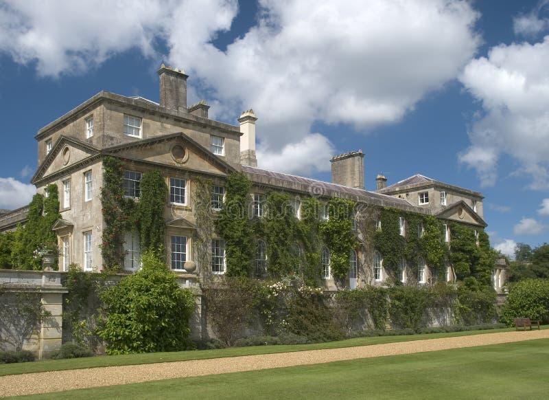 Download 房子庄园 库存照片. 图片 包括有 豪宅, 房子, 维多利亚女王时代, 英国, 视窗, 庭院, 公共, 拱道 - 188064