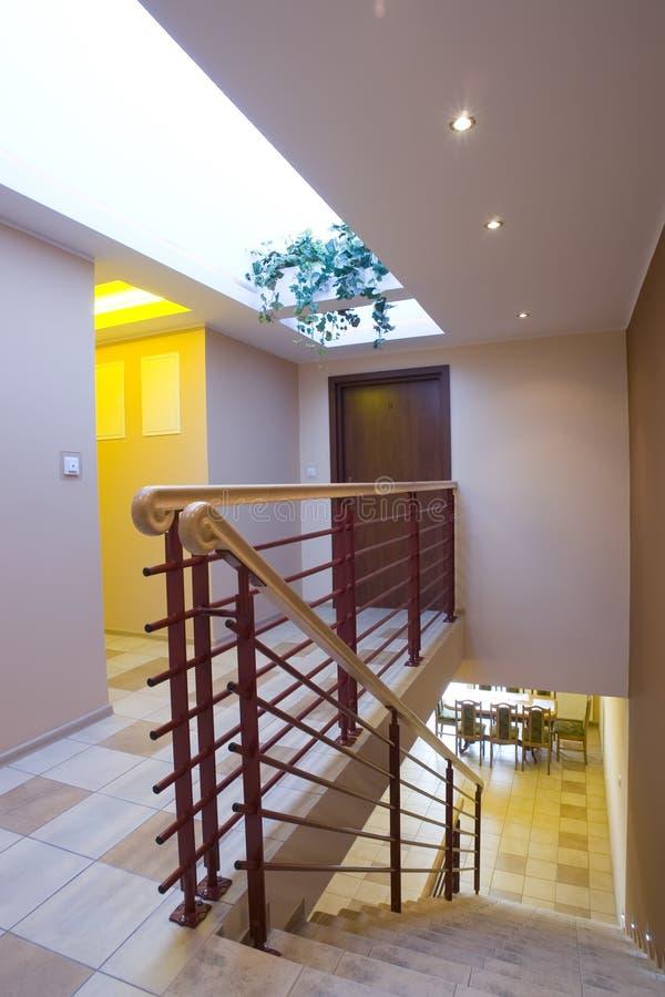 房子现代楼梯 免版税库存照片