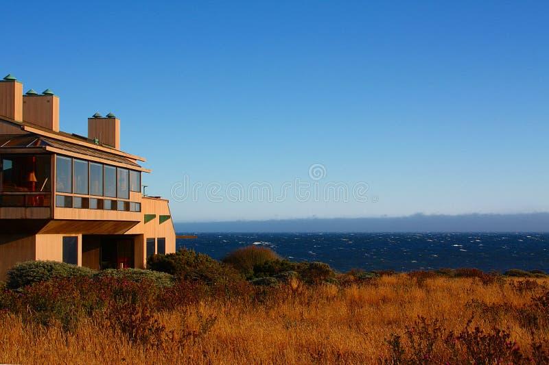 房子现代海景 库存图片