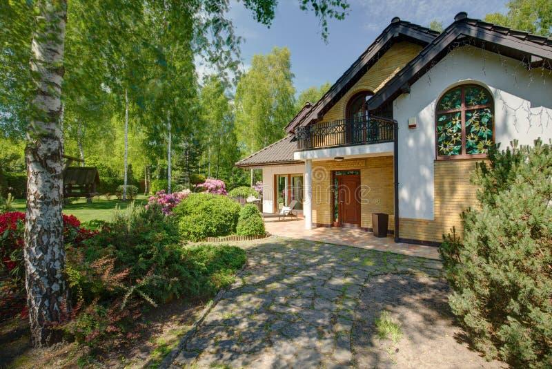 房子的正面图 图库摄影