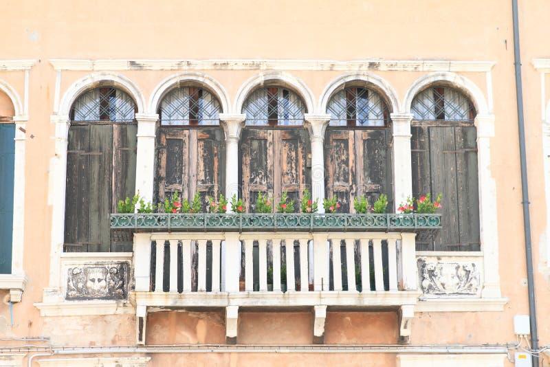 房子的阳台在威尼斯 免版税库存图片
