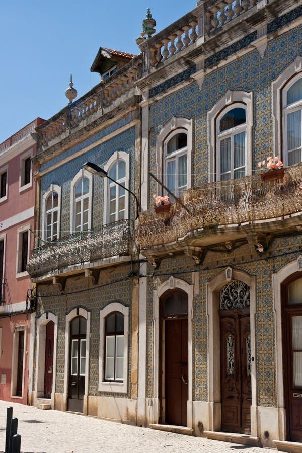 房子葡萄牙瓦片 免版税库存图片