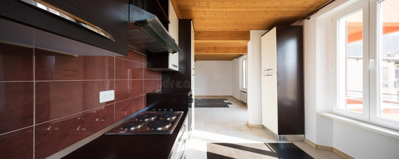 房子,厨房内部  免版税图库摄影