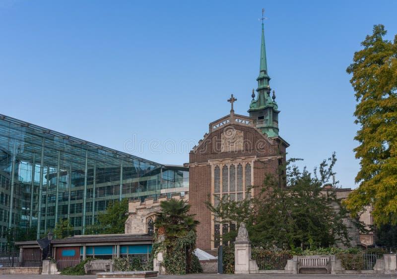 所有由塔,英国国教的教堂尊敬在市伦敦 库存照片