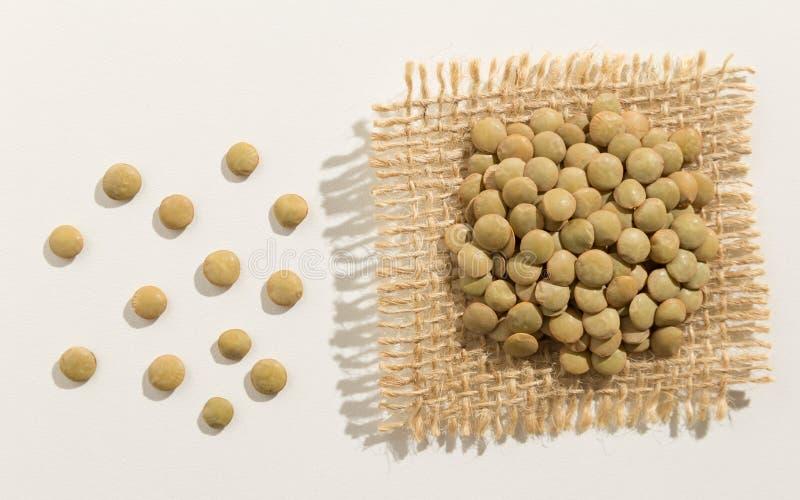 扁豆豆类 关闭五谷延长白色桌
