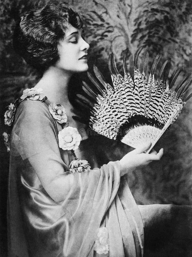 扇动的妇女的档案(所有人被描述不更长生存,并且庄园不存在 供应商的保单  免版税库存照片