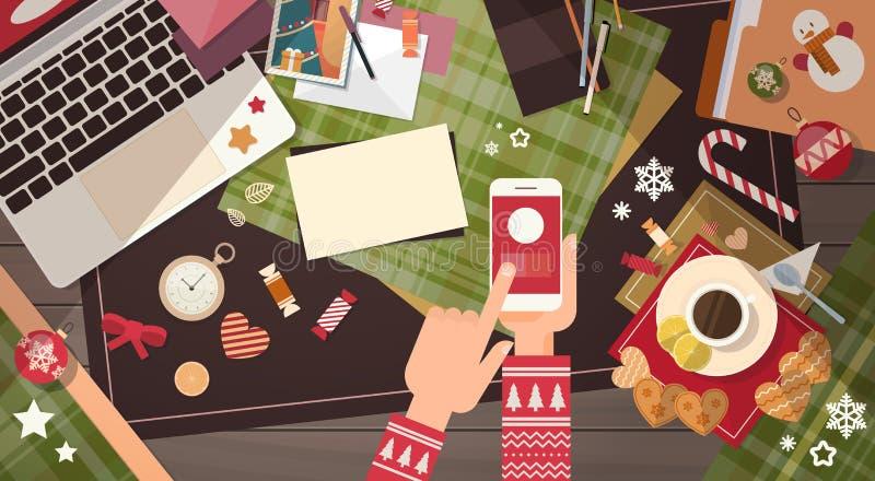 手举行装置电子学小配件新年概念膝上型计算机电话片剂圣诞节礼物装饰 向量例证