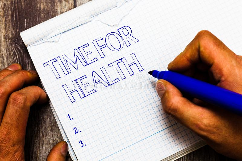 手写文本健康的文字时间 意味的概念鼓励某人开始吃健康食物炫耀 免版税库存图片