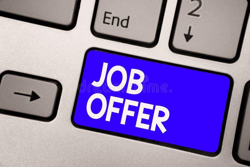 手写文本工作 意味给你的就业键盘的蓝色关键Inten opurtunity的A peron或公司的概念 免版税库存照片