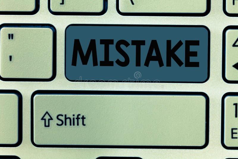 手写文本差错 概念意思某事不正确缺乏准确性错误不正确失败 免版税库存照片