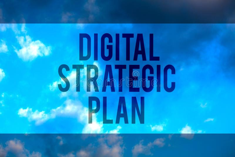 手写文本数字式战略计划 概念意思销售的产品或品牌多行的文本桌面natu的creat日程表 免版税库存图片