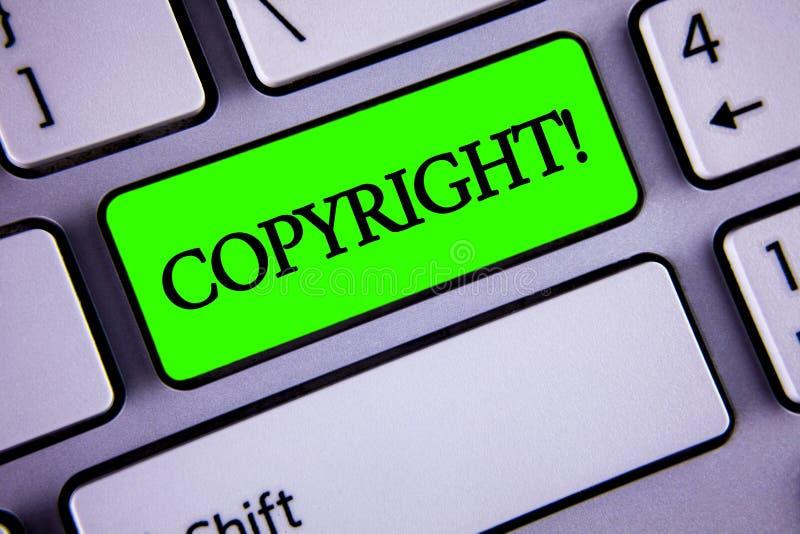 手写文本版权诱导电话 对概念的意思在绿色关键Butto写的知识产权海盗行为说不 库存图片