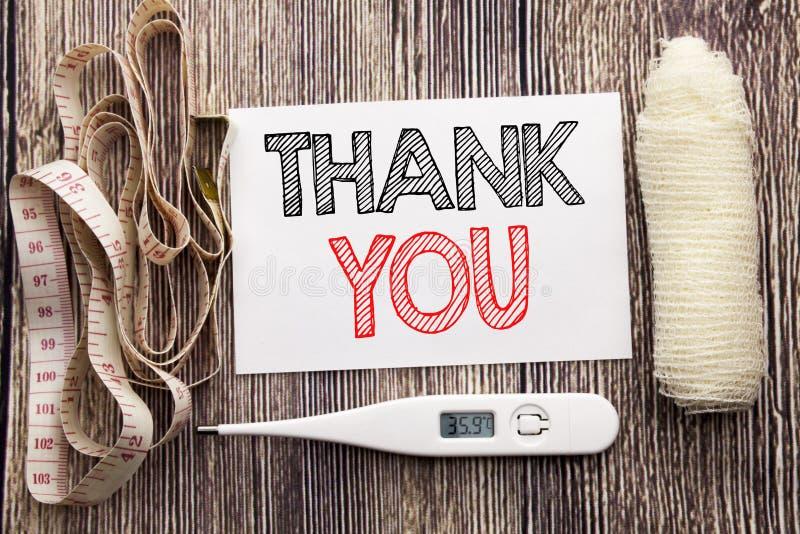 手写的文本陈列感谢您 企业健身健康谢意的概念文字感谢书面稠粘的笔记空的纸b 免版税库存照片