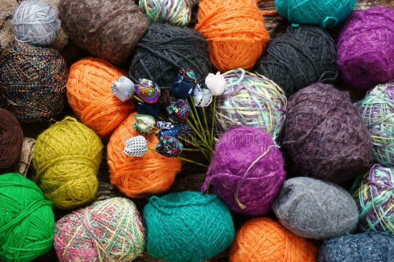 手工制造礼物,特别天,冬天,编织,围巾 库存照片