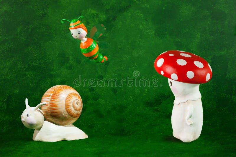 手工制造逗人喜爱的木偶 免版税库存图片