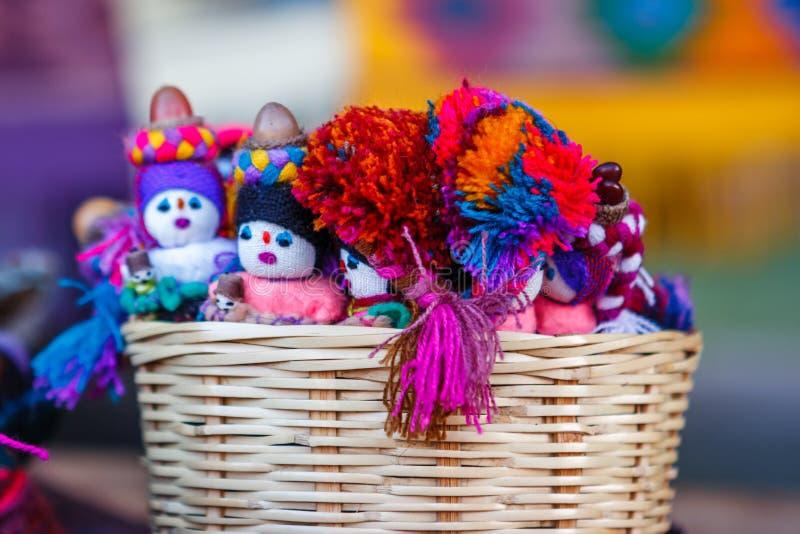 手工造在圣胡安Chamula市场,恰帕斯州,墨西哥上 库存图片