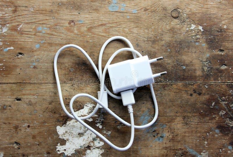手机充电器 免版税图库摄影